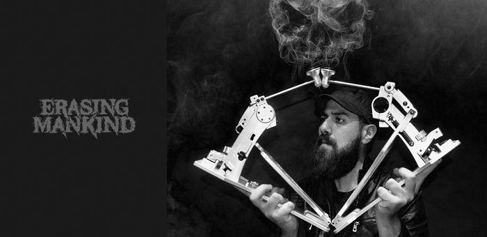 Mostafa-Tarapeshy-czarcie-kopyto-artist-front